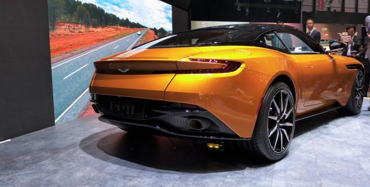 Aston-Martin-db11 (3)