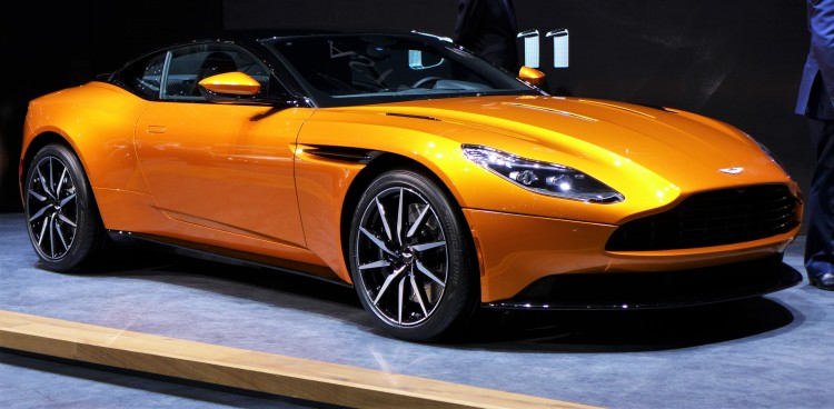 Aston-Martin-db11 (9)