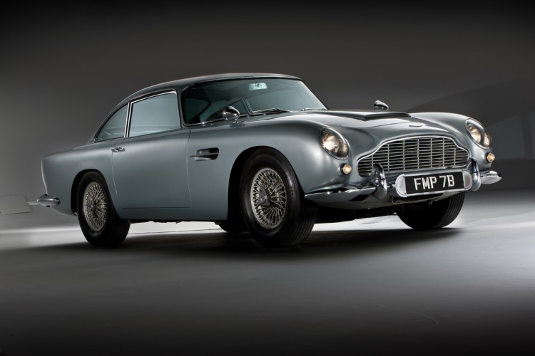 Aston-martin-db5-goldeneye