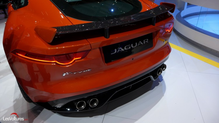 Jaguar-f-type-svr (7)
