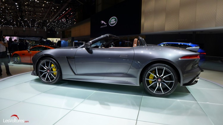 Jaguar-f-type-svr (9)