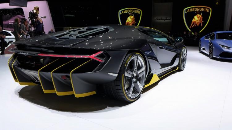 Lamborghini Centenario-LP 770-4-geneva -12