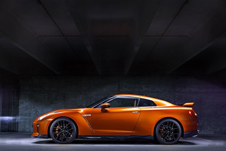 Nissan-gt-r-2016-new-10