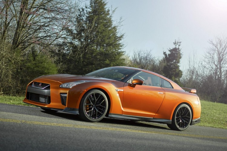 Nissan-gt-r-2016-new-11