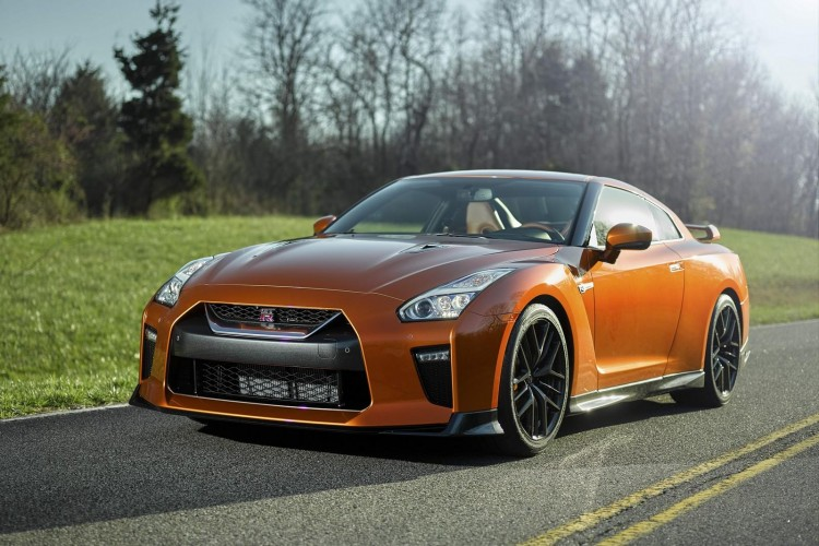 Nissan-gt-r-2016-new-12