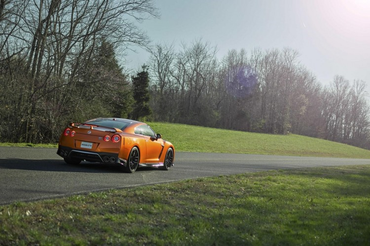 Nissan-gt-r-2016-new-13
