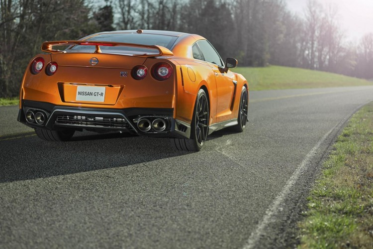 Nissan-gt-r-2016-new-14