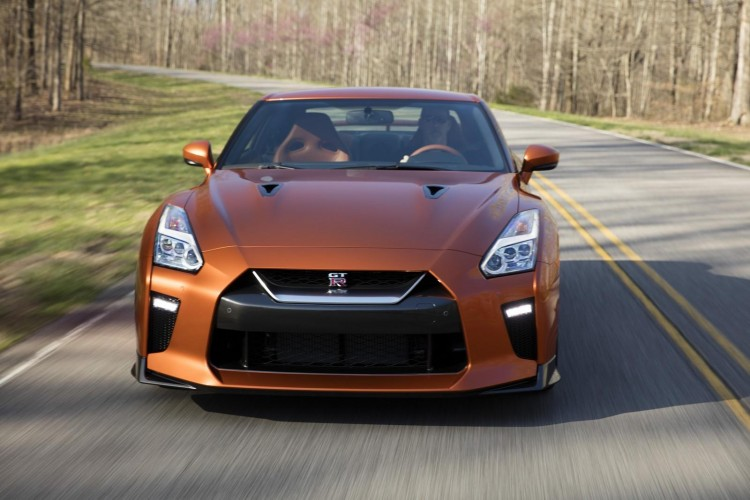 Nissan-gt-r-2016-new-16
