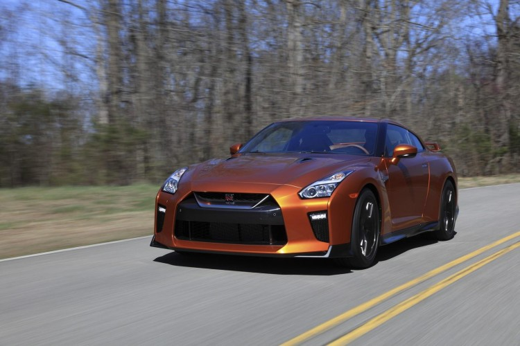 Nissan-gt-r-2016-new-21