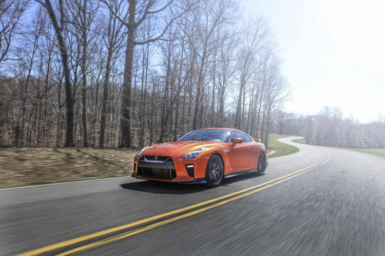 Nissan-gt-r-2016-new-22