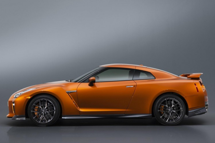 Nissan-gt-r-2016-new-6