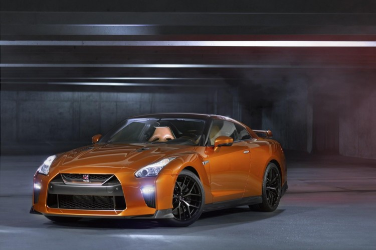 Nissan-gt-r-2016-new-9