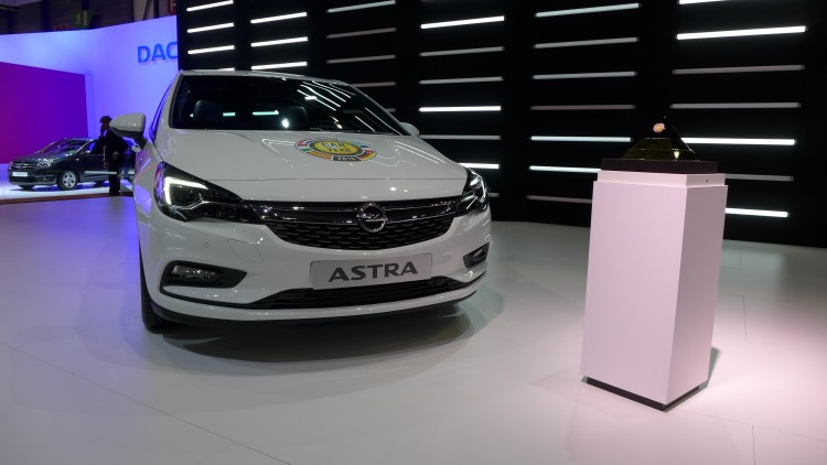 Opel-Astra-car-of-the-year (2)