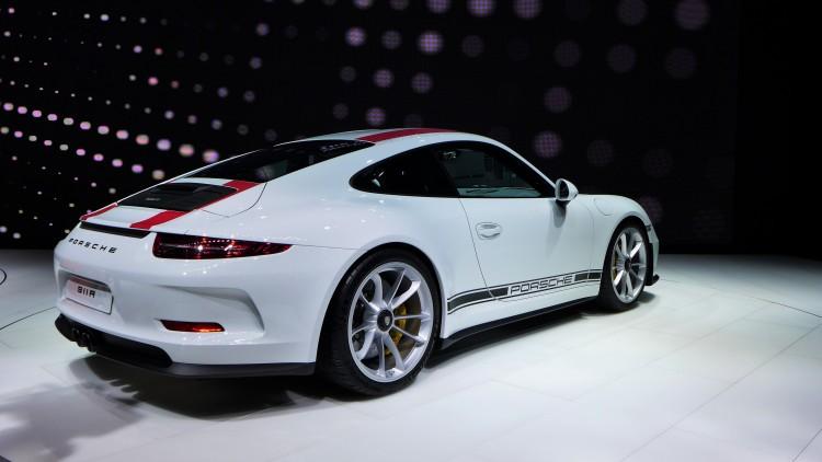Porsche-911-r (11)