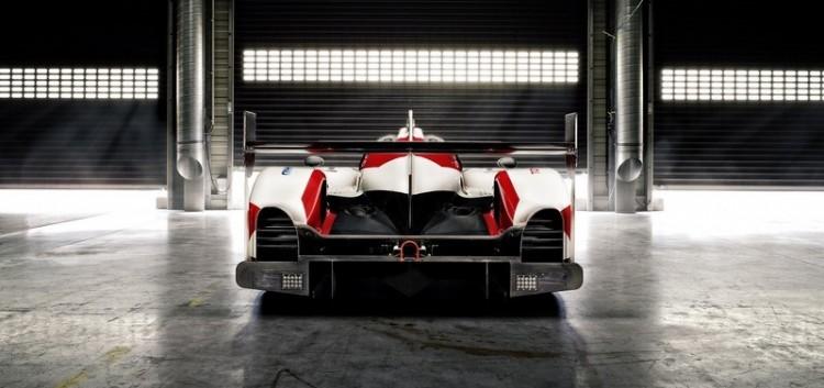 Toyota-ts050-hybrid-2016-fia-wec-15