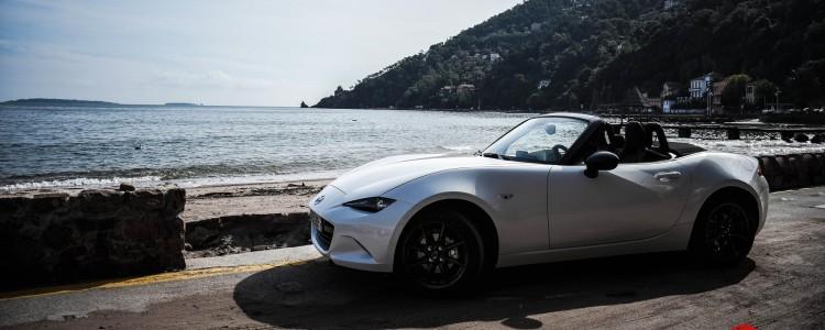 essai-test-drive-mazda-mx5-miata-3-world-car-of-the-year