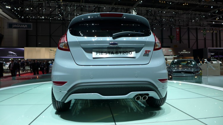 ford-fiesta-st200-photo-video-geneve-2016 (3)