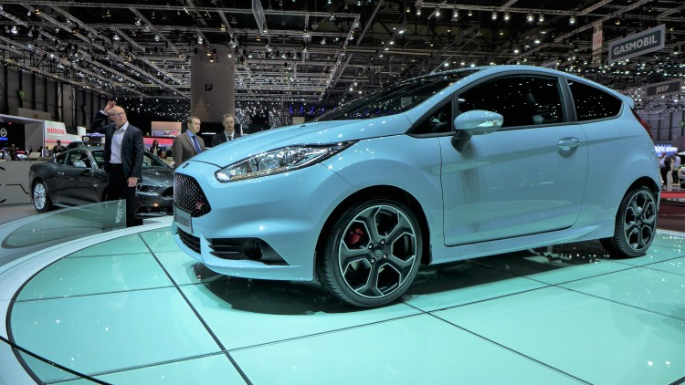 ford-fiesta-st200-photo-video-geneve-2016 (4)