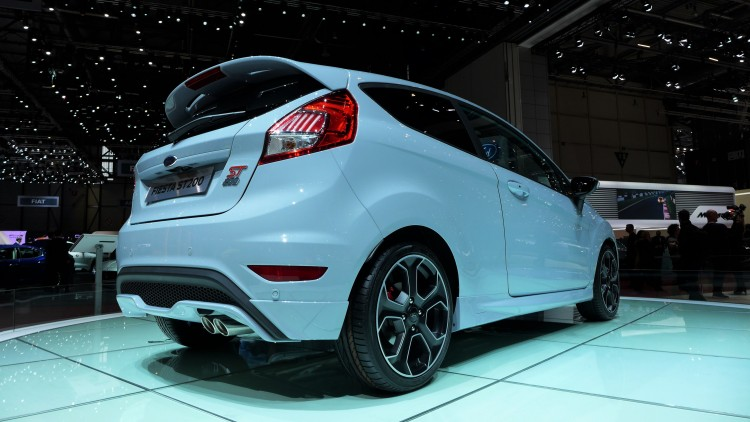 ford-fiesta-st200-photo-video-geneve-2016 (6)