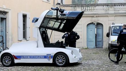 iris-viseo-police-beziers-voiture-2016