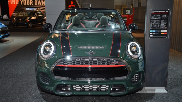 mini-john-cooper-works-convertible-New-york-3