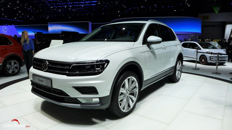 Volkswagen tiguan une version xl 7 places en 2017 et for Interieur tiguan 2017