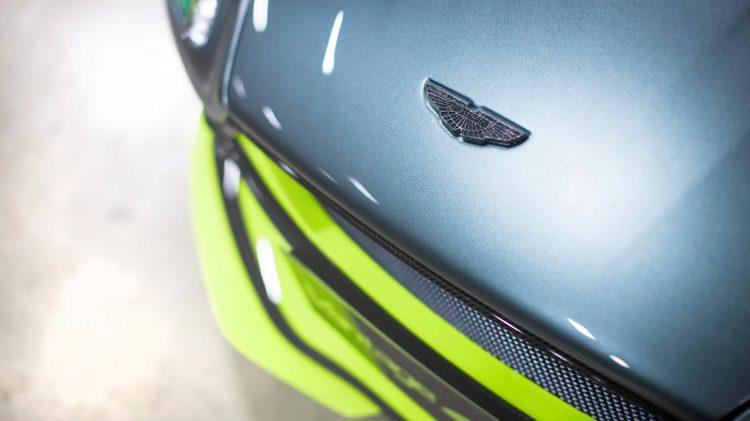 Aston-Martin-Vantage GT8-2016-5