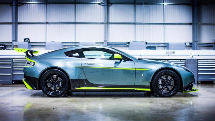 Aston-Martin-Vantage GT8