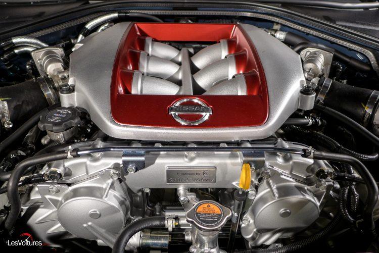 Nissan-gt-r-2017-3