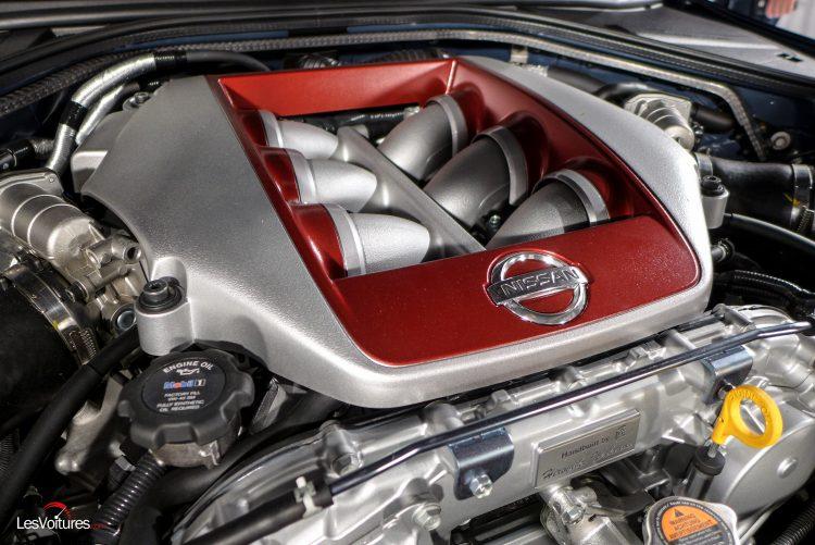 Nissan-gt-r-2017-4