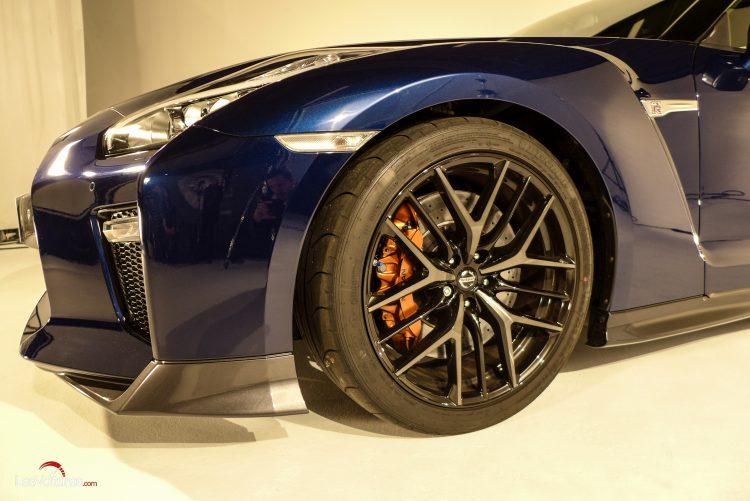 Nissan-gt-r-2017-7