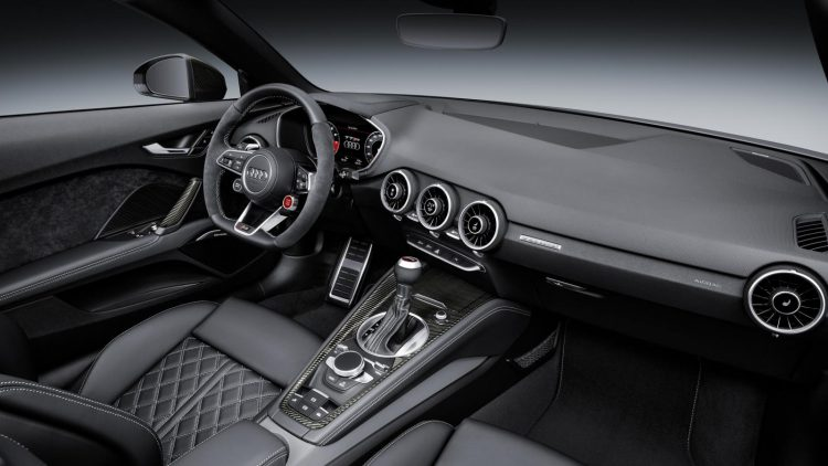 audi-tt-rs-roadster-2016-interior
