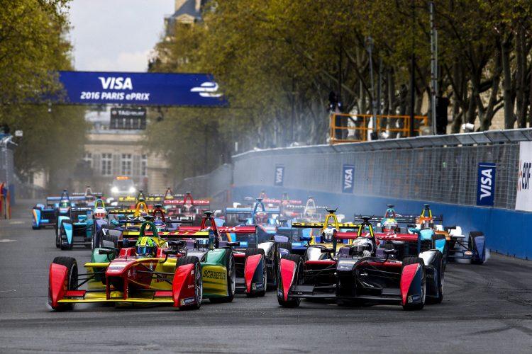 2015/2016 FIA Formula E Championship. Paris ePrix, Paris, France. Saturday 23 April 2016. Photo: Glenn Dunbar/LAT/Formula E ref: Digital Image _W2Q1810