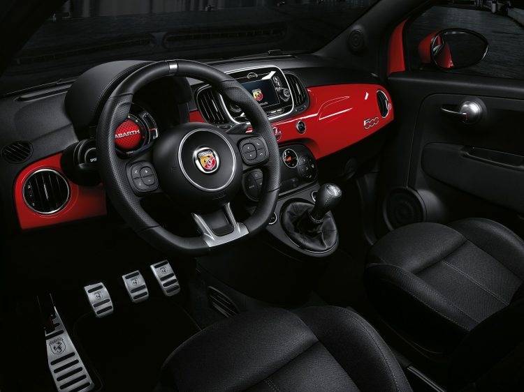 595-Abarth-interior