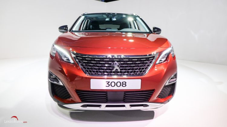 Peugeot-3008-2016-15