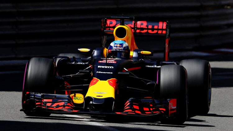 Red-Bull-Racing-Ricciardo-monaco-gp-f1-2016