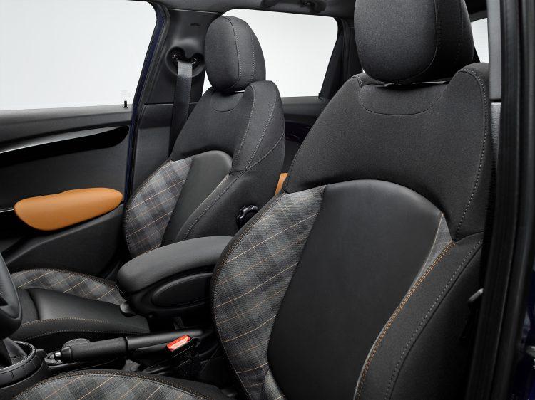 mini-serie-speciale-seven-2016-interior