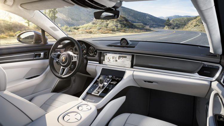 2017-nouvelle-porsche-panamera-turbo-interior