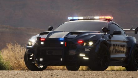 Barricade-ford-mustang-transformers-5