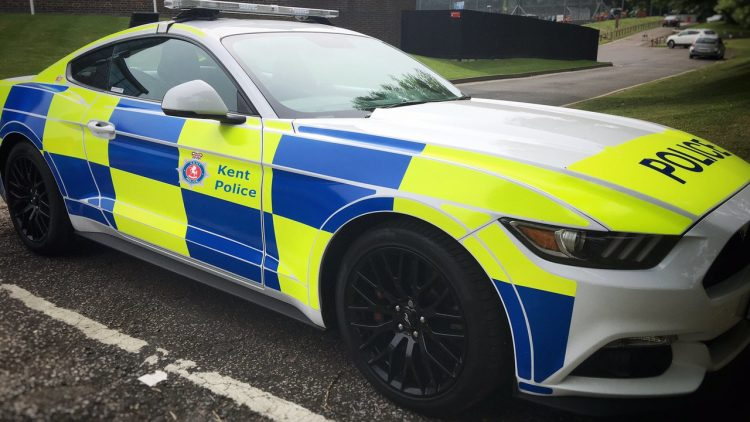 ford-mustang-police-uk-2016