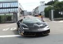video-Lamborghini-Centenario-LP-770-4-on-road