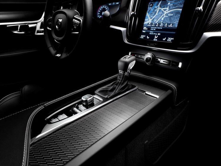 volvo-r-design-v90-s90-2016-interior