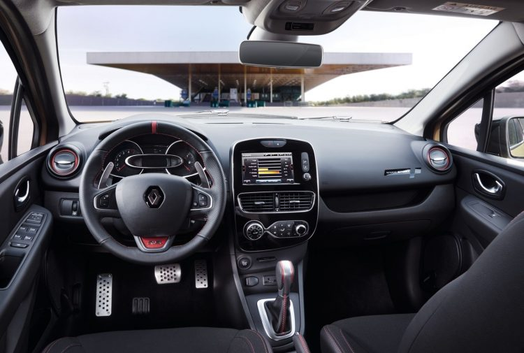 renault-clio-rs-2016-interior-2