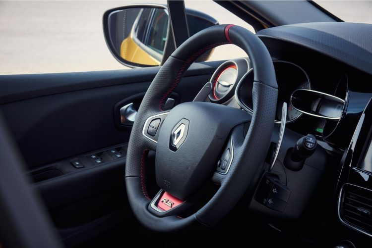 renault-clio-rs-2016-interior