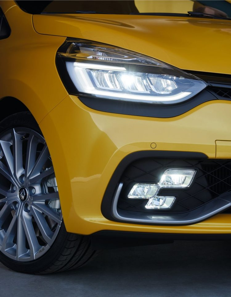 renault-clio-rs-2016-led
