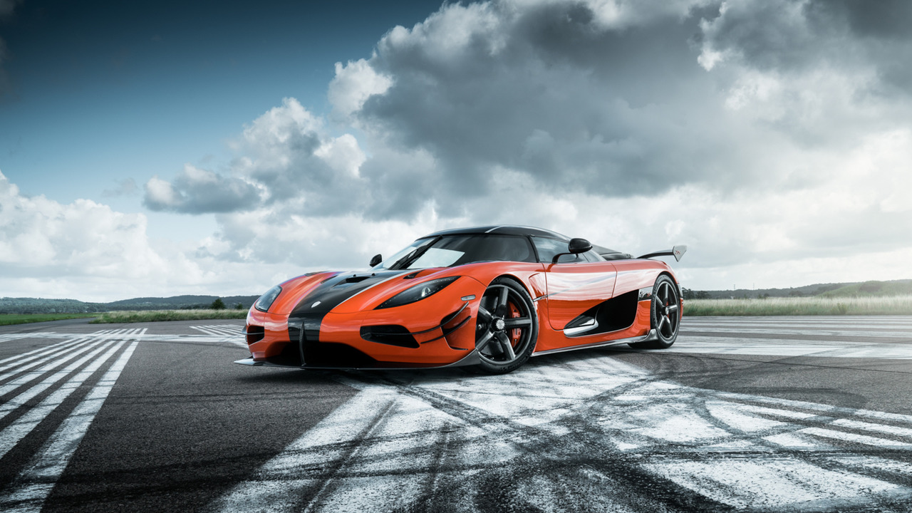 koenigsegg agera xs le puissant diamant de pebble beach les voitures. Black Bedroom Furniture Sets. Home Design Ideas