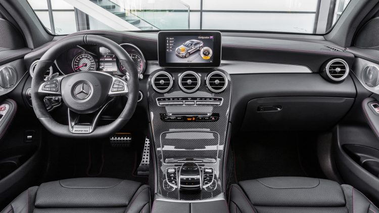 mercedes-amg-glc-43-coupe-2017-11