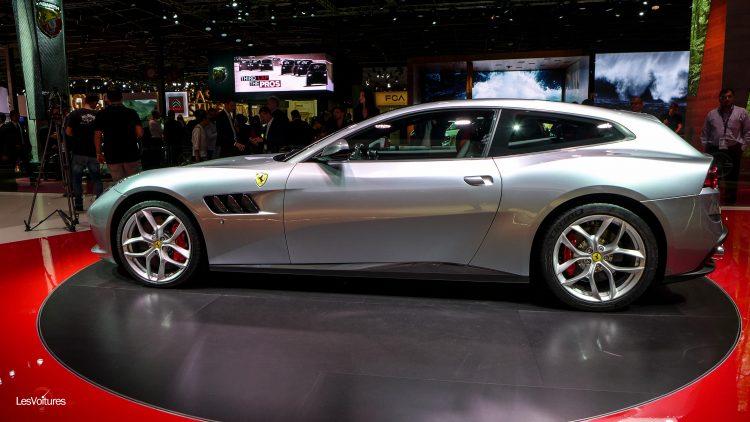mondial-automobile-paris-2016-84-ferrari-gtc4-lusso
