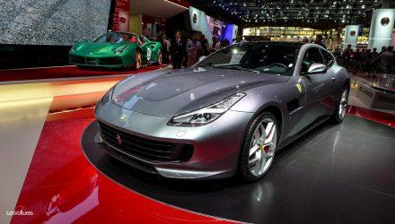 mondial-automobile-paris-2016-88-ferrari-gtc4-lusso