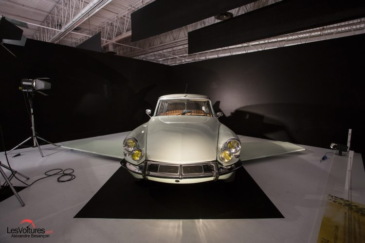 mondial-automobile-paris-2016-exposition-moteur-automobile-fait-son-cinema-citroen-ds-fantomas